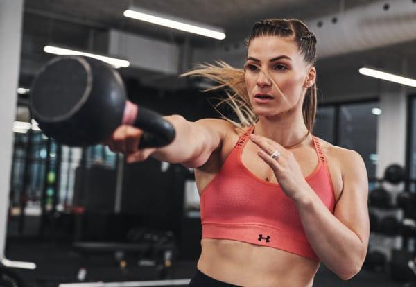 Under Armour Womens Mid Keyhole Sports Bra